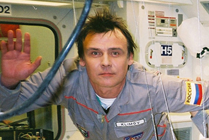 Yuri Klimov as cosmonaut for BBC World Cup promotion